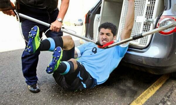 Luis Suarez, meme, bite, World Cup 2014, Uruguay, funny, funny picture,
