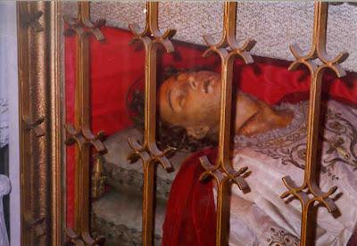 Jenazah Santo SILVAN yang masih awet hingga sampai sekarang