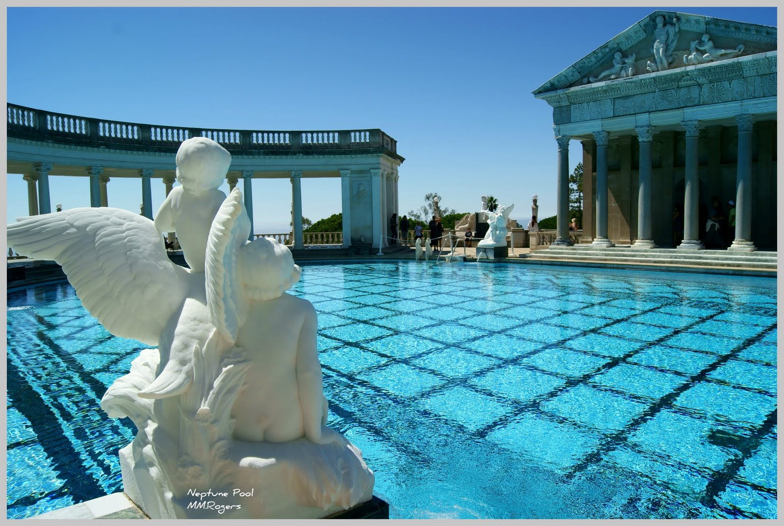Mm rogers photographs hearst castle for Cheap deep pools