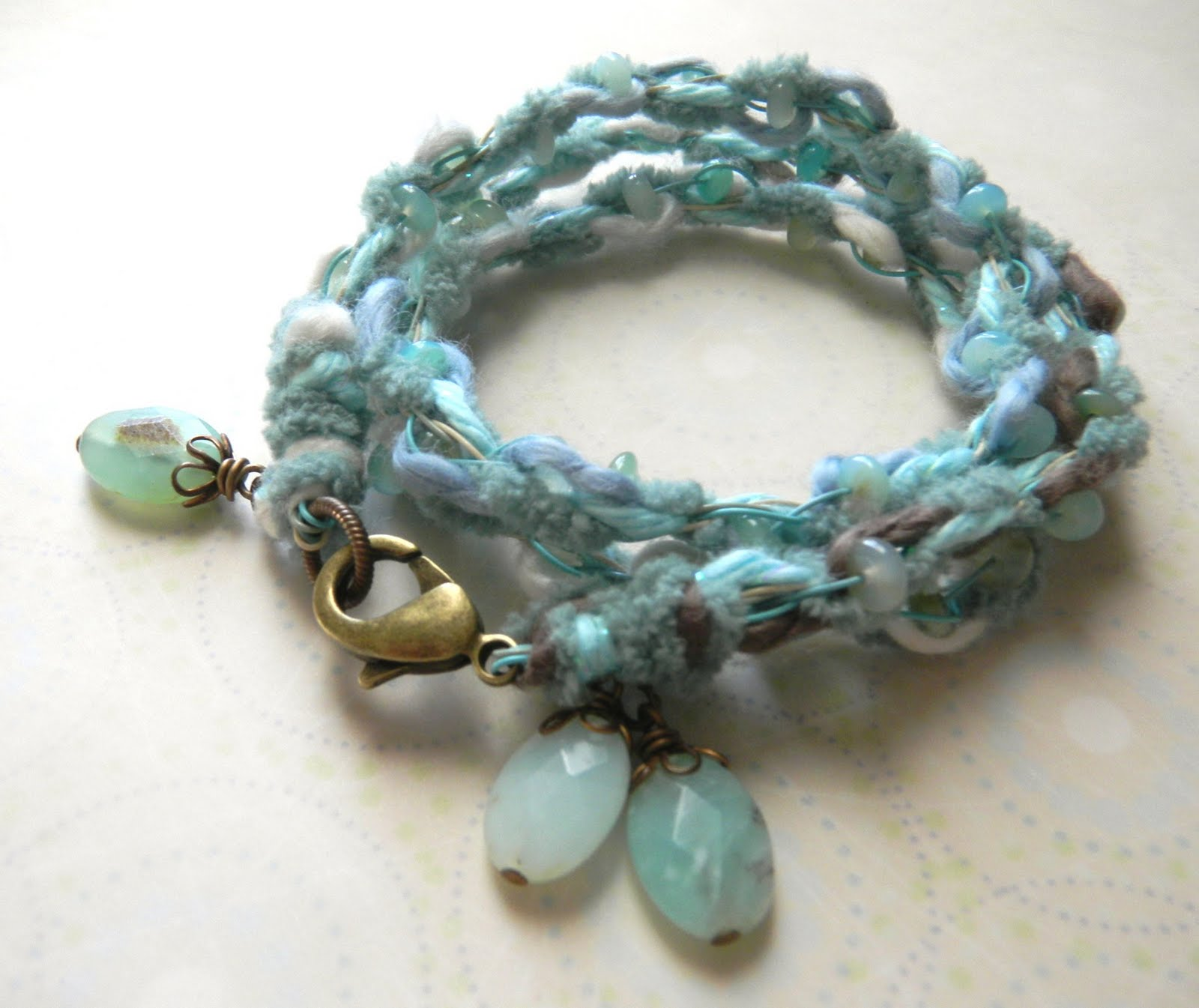 current fashion trends free diy beaded bracelet idea by