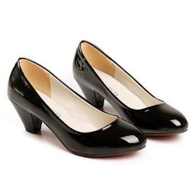 Trendy Fashion of Women Shoes
