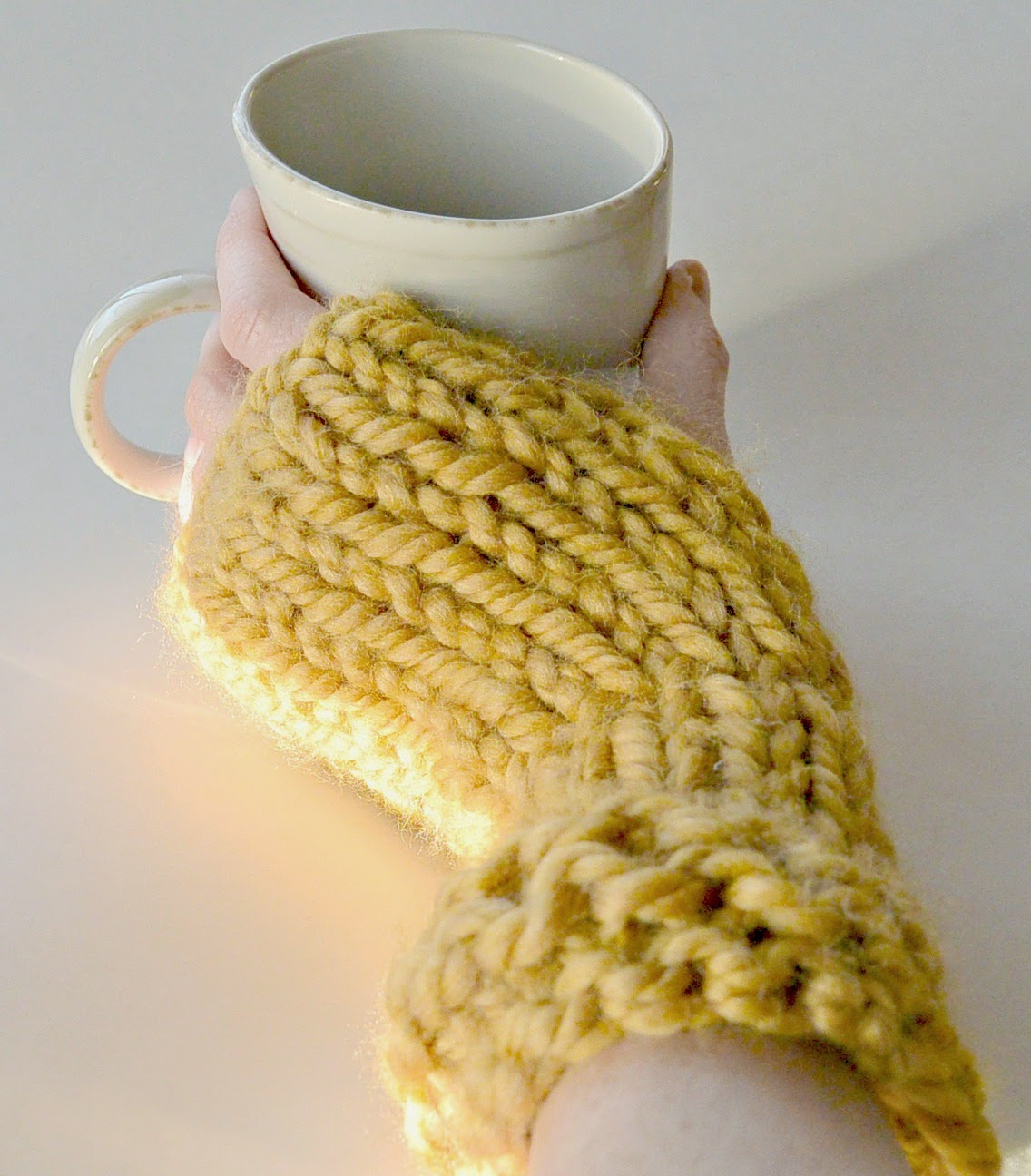 Free Knitting Patterns For Mittens In The Round : Knit Flat Fingerless Mittens - Straw Bed Fingerless Gloves   Mama In A Stitch