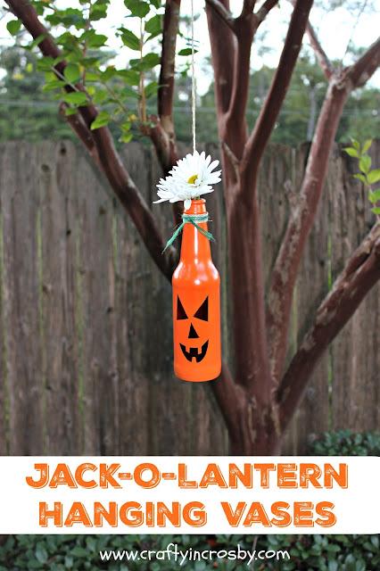pumpkins, Halloween, Halloween DIY, Outdoor Halloween Decorations, Fall Decorations, pumpkin bottles