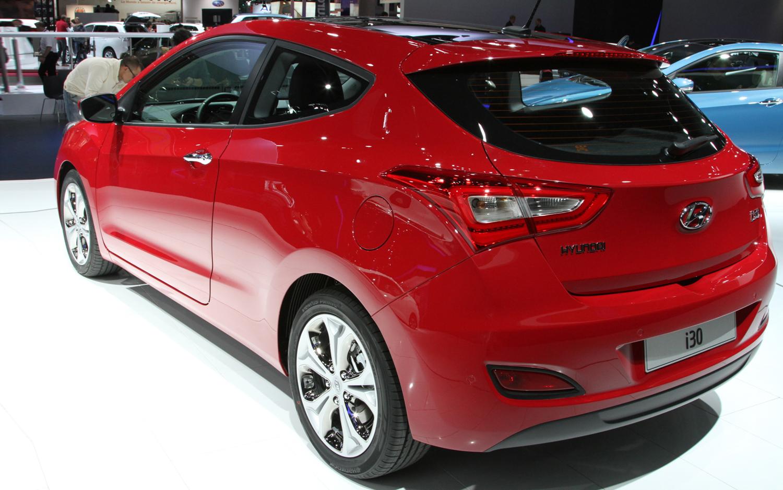 Cars Models Trend 2013 Hyundai I30 Two Door Car