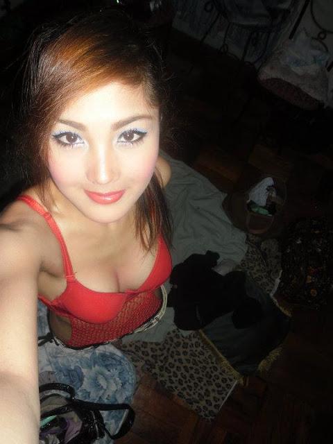 Foto Cewek Bahenol Model Cantik Indonesia Bugil