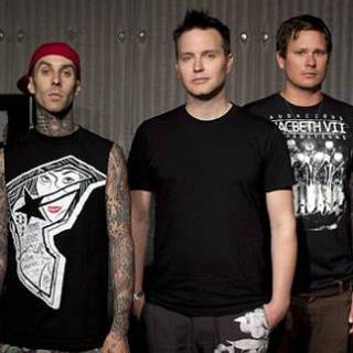 Blink-182 – Disaster Lyrics | Letras | Lirik | Tekst | Text | Testo | Paroles - Source: emp3musicdownload.blogspot.com
