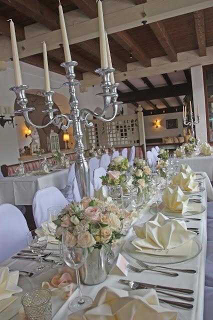 Hochzeitstafel in Nude und Blush, Seehaus am Riessersee
