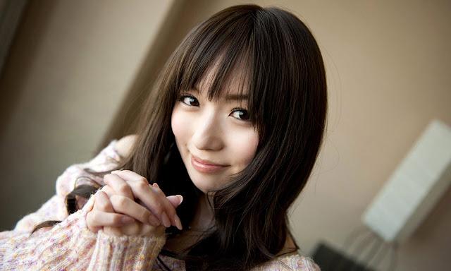 Asakura Yuu 麻倉憂 Pictures 04