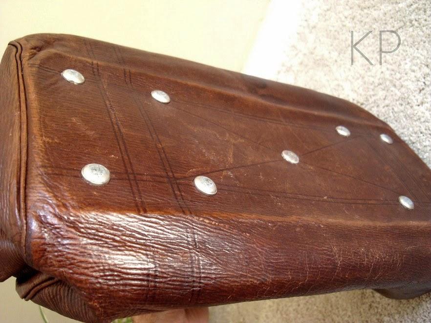 Maletas de cuero antiguas para decoración