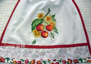 """""""cerejas e papoulas pintadas em bate-mão"""""""