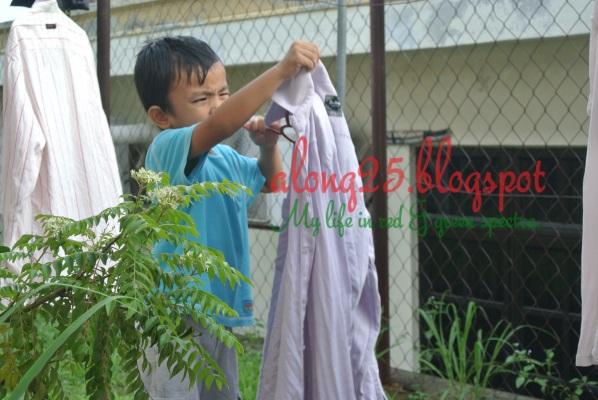 blog along25, along25, angkat baju, lipat baju, bawah umur