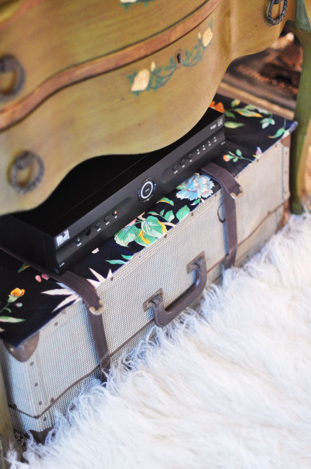 vintage suitcase, tv box