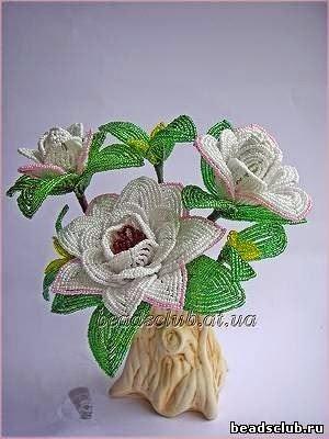 Цветок гардения из бисера