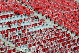Cadeiras estão sendo instaladas no Estádio Nacional de Brasília