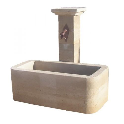 Fontaine de jardin centrale en pierre sur colone   Fontaine de Jardin