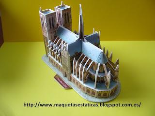 catedral de notredamme en 3D