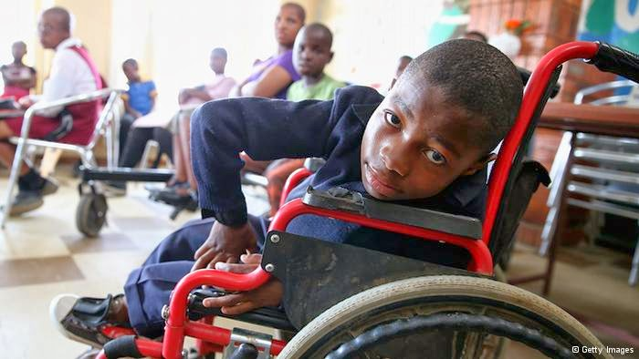 people with disability and the media media essay Pros and cons of social media  • additional advantages for youth with disabilities:  actually social media is making people less social personpeople dont.