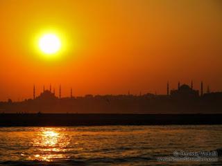 Estambul_Turquía_puesta de sol en el Bósforo - Autor ©Davide Vadalà - (www.nomadtravellers.com)