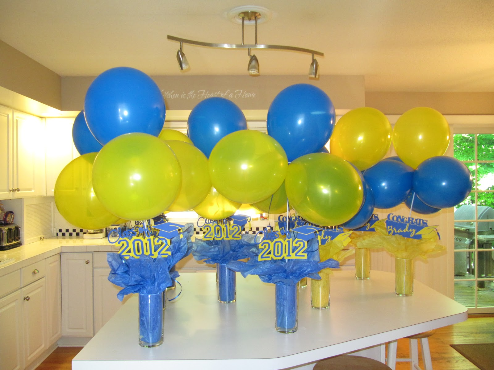 Crazy4cricut for Balloon decoration ideas for graduation