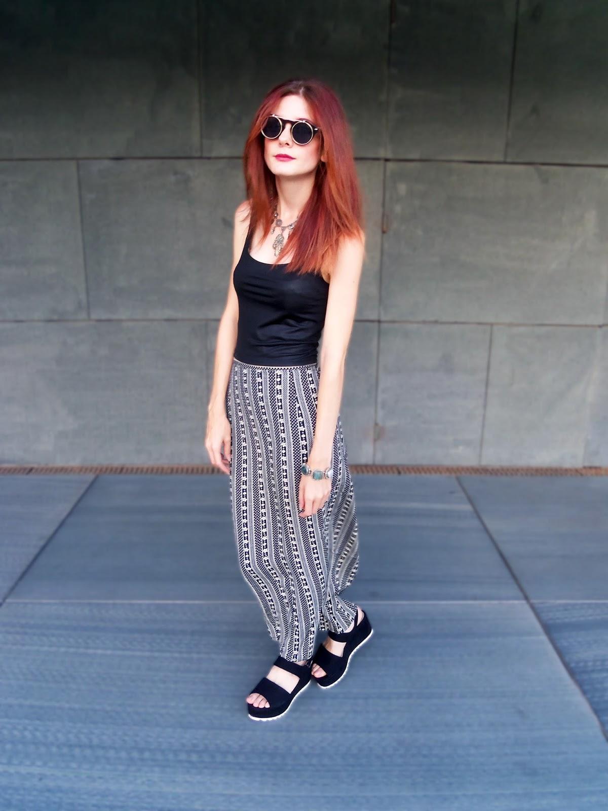 outfit-verano-falda-larga-plataformas-gafas-retro