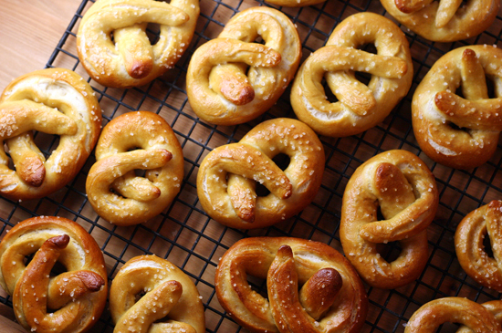 Soft Pretzels with Honey Mustard Dipping Sauce