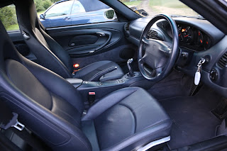 Porsche 911 Carrera Coupe - interior photo