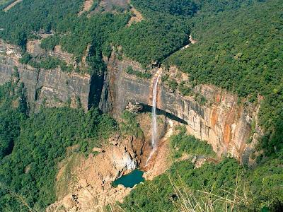 Cachoeira Nohkalikai – Índia