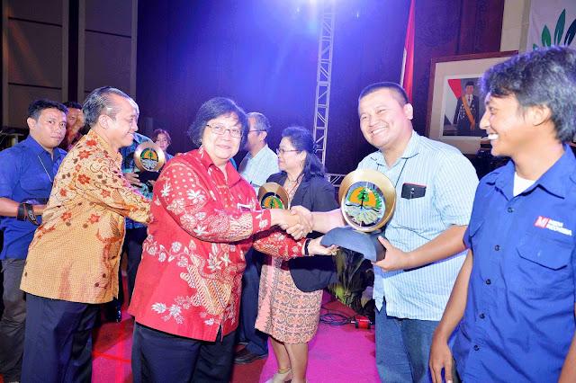 KLHK serahkan penghargaan jurnalis peliput isu lingkungan
