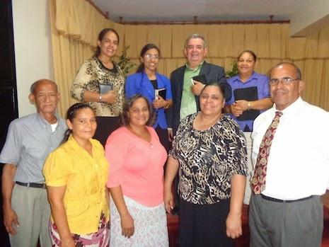 El Domingo 14 de Septiembre a templo lleno fueron presentados y ungidos los nuevos diáconos, diaconisas y líderes de Las Iglesias Jehová Justicia Nuestra. En una escogencia con un estilo a nivel primitivo.