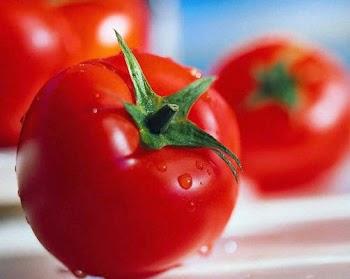 Πέντε λόγοι για να βάλετε τη ντομάτα στη διατροφή σας