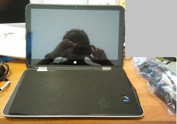 HP Pavilion x360: abierto: teclado tapado