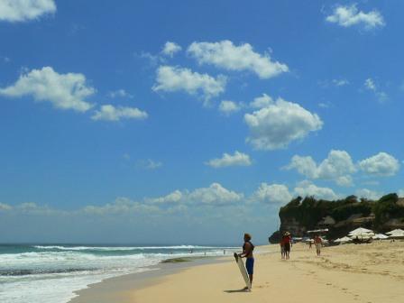 wisata bali pantai dreamland