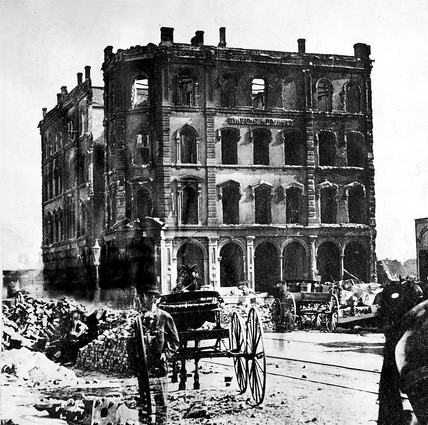 a look at the 1871 famous fire in a west side building in chicago Here's what you probably know about the great chicago fire:  land values  skyrocketed and the building boom was on  october 8th 1871  east coast  cities – constructed at the side of existing historic districts, chicago's   practicality, the streamlined needs of businesses looking to get back on their feet .