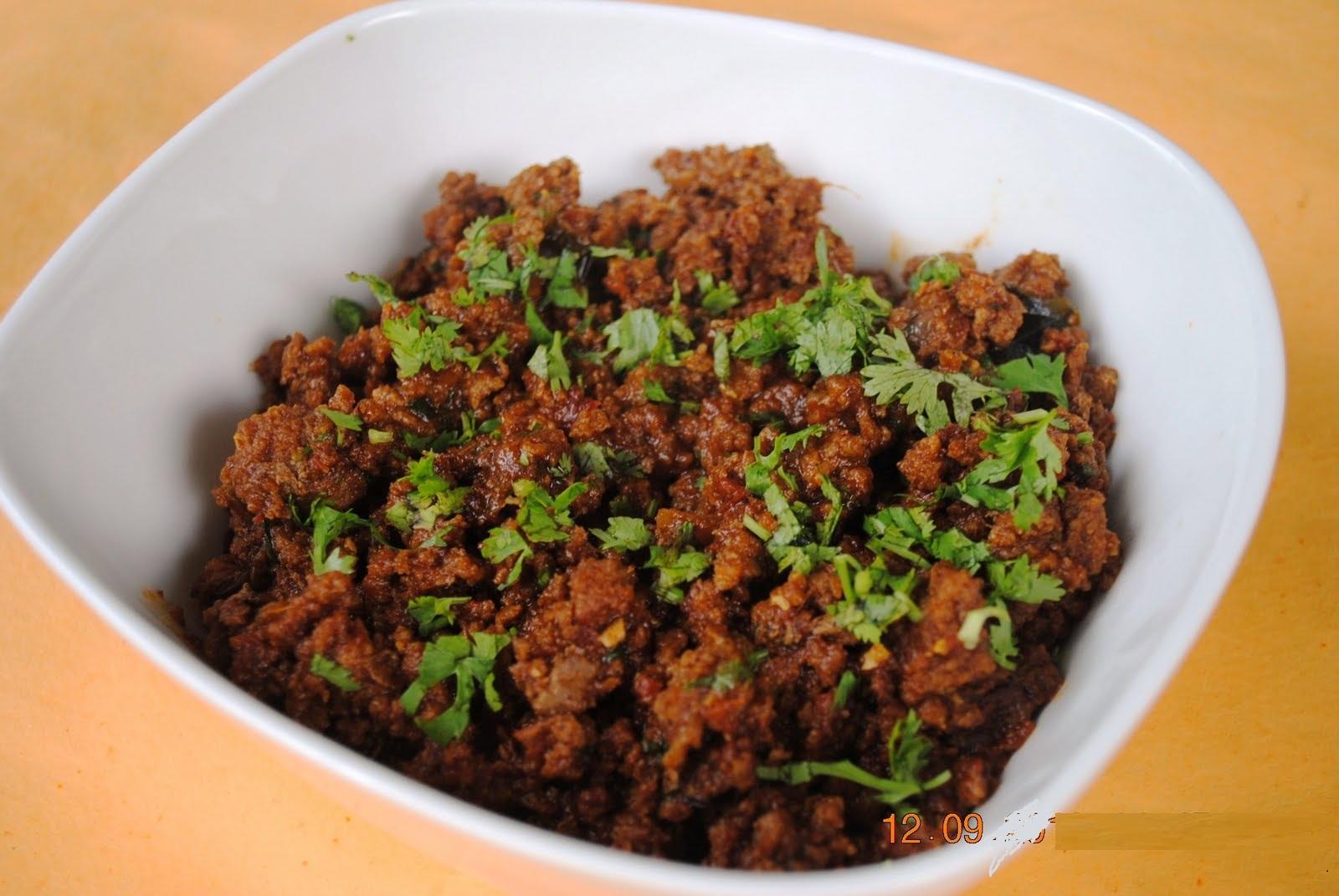 desi chatkharay: SMOKED MINCED MEAT/ DHUA DAR QEEMA