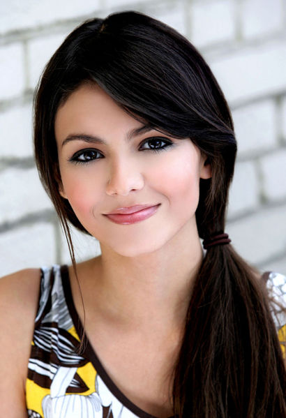 Victoria Justice - Pic Riddle 2179 ... (mrs farhan)