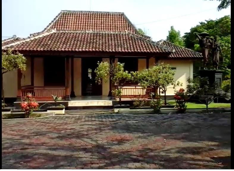 Liburan Murah Keliling Jawa Tengah Icharming