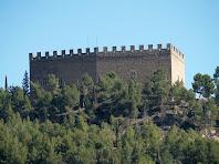 Zoom al Castell de Balsareny des de l'antiga carretera de Berga
