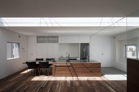 Ilia estudio interiorismo: vivienda donde madera y blanco ...