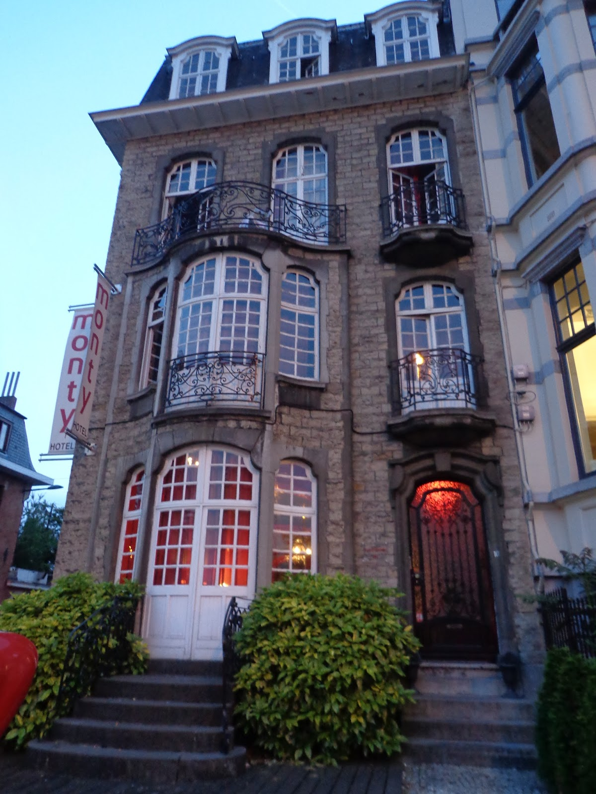 Petersons in brussels for European townhouse