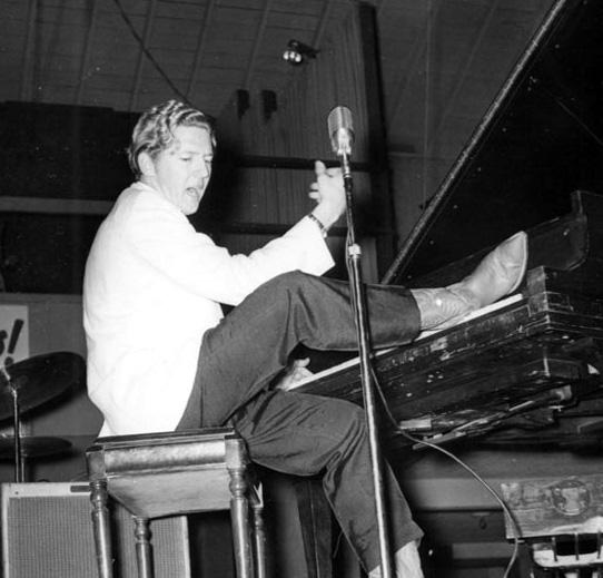Rockabilly N Blues Radio Hour: 19 Year Old Jerry Lee Lewis