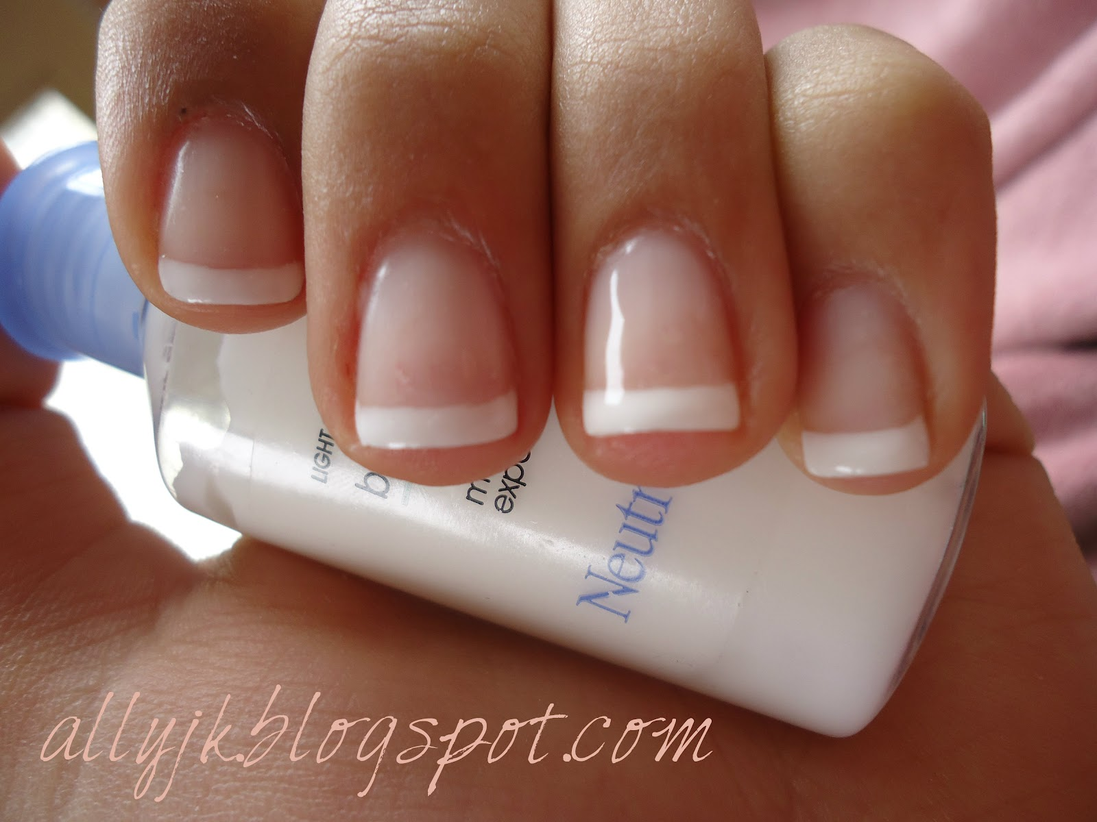 French manicure gel nail varnish