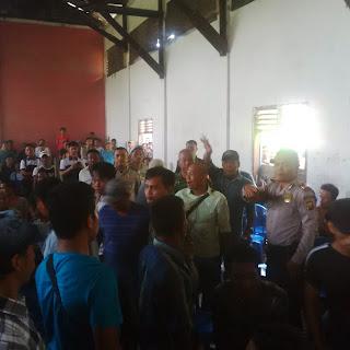 Peserta Lelang Bentrok, Camat SP Padang Turunkan Harga Objek Lelang