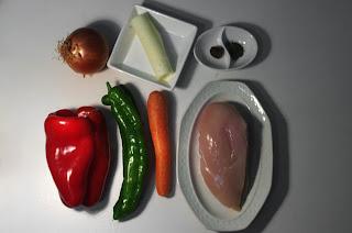 Czenaki con pollo y verduras - ingredientes
