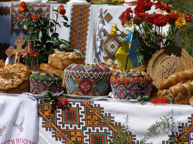 Embroidered Korovays, Ukraine