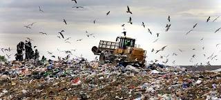 Βάφτιζαν τα σύμμεικτα απορρίμματα ανακυκλώσιμα και τα μετέφεραν στην Αττική