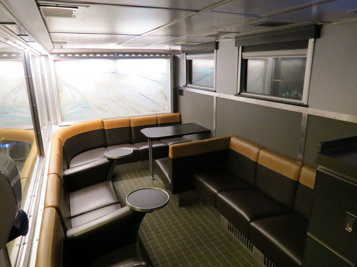 Destination mike the exclusive panoramic park car on via rail Via rail canada cabin for 2