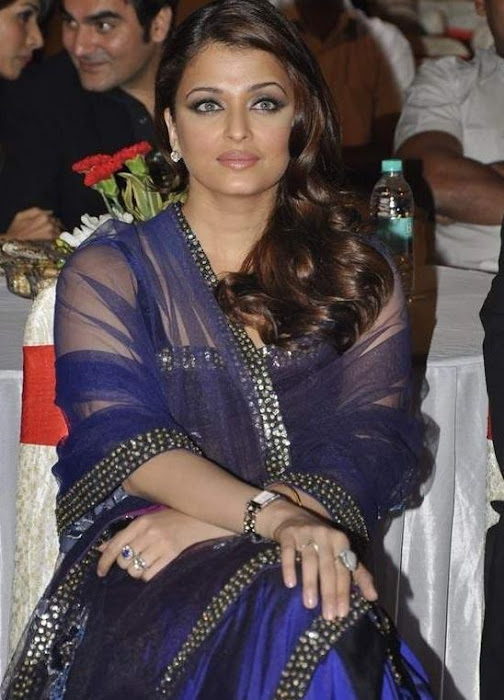 aishwarya rai blue saree latest photos