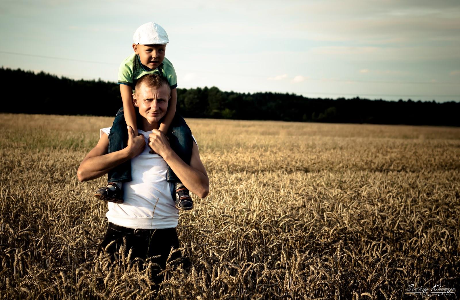 Тато і дочка в душі 8 фотография
