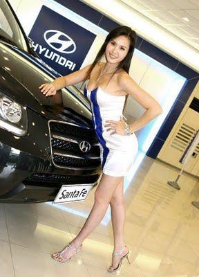 Vivi Wang Black Forest Incident Panytless Upskirt At The Taipei Motor Show