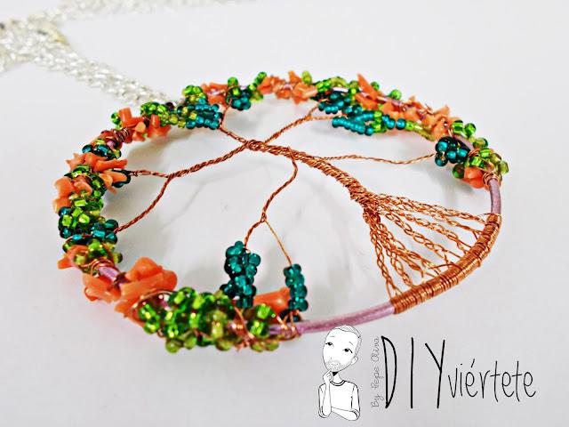 DIY-colgante-arbol de la vida- coral-pedreria-canutillos-alambre-bisuteria-8